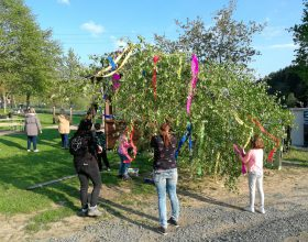 Aufbau unseres Maibaum